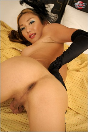 cute-japanese-ladyboy-09
